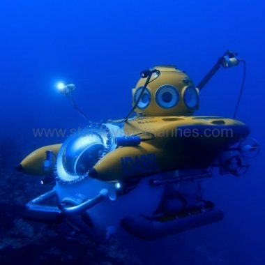 Idabel Roatan Personal Submersible